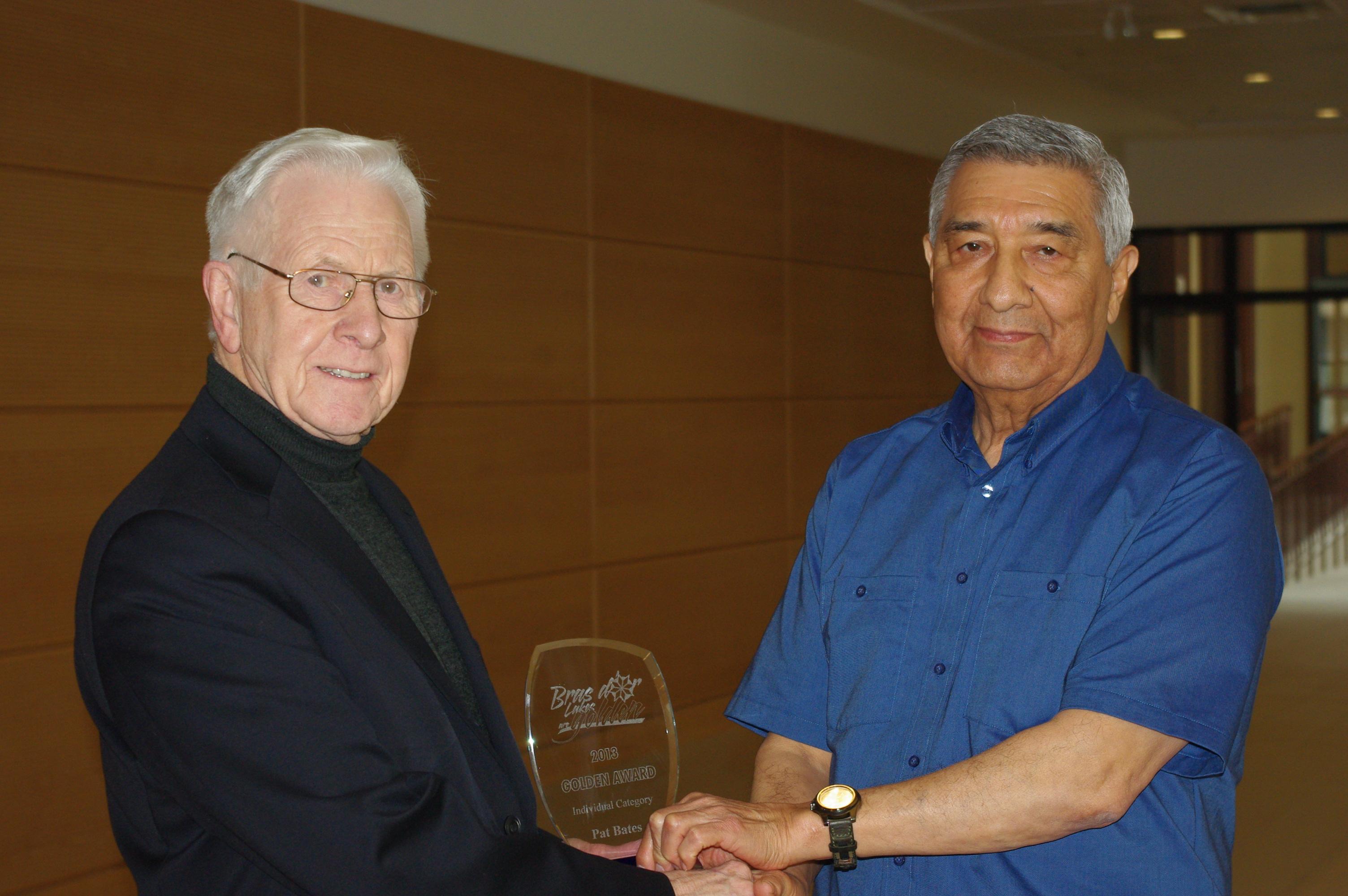 2013 03 27 Pat accepting award